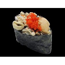 Фирменные суши с мидиями